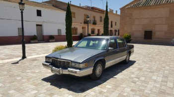 Venta Coche Clásico CADILLAC DEVILLE BAYVIEW 4.9 V8 PFI  'MATCHING NUMBER'